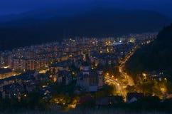 Vista di notte di Brasov Fotografie Stock
