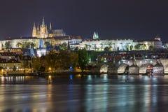 Vista di notte di casta di Praga Immagini Stock