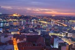 Vista di notte di Costantinopoli, Turchia Fotografie Stock Libere da Diritti