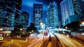 Vista di notte di traffico cittadino moderno Lasso di tempo Hon Kong archivi video