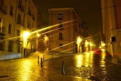 Vista di notte di vecchio quadrato pittoresco a Cuenca. La Spagna immagine stock libera da diritti