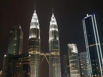 Vista di notte di Kuala Lumpur fotografia stock libera da diritti