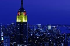 Vista di notte sopra la cima di NYC dal centro di Rockefeller Immagini Stock Libere da Diritti