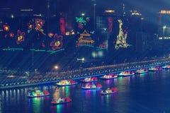 Vista di notte di una cerimonia di apertura di 2010 giochi asiatici Canton Cina fotografia stock libera da diritti