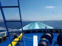 Vista di oceano da un traghetto fotografia stock