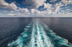 Vista di oceano dall'imbarcazione Immagine Stock