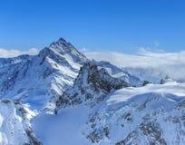 Vista di orario invernale dal Mt Titlis in Svizzera Fotografie Stock