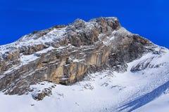 Vista di orario invernale nelle alpi svizzere Fotografia Stock Libera da Diritti