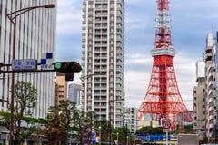 Vista di paesaggio urbano di Tokyo e della torre di Tokyo Fotografia Stock Libera da Diritti