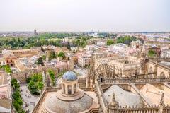 Vista di paesaggio urbano di Siviglia dalla cima del Giralda spain immagine stock