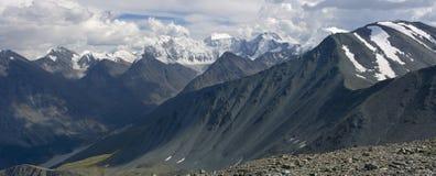 Vista di Panaramic sulla montagna di Belukha, Altai Immagini Stock Libere da Diritti