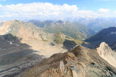 Vista di panorama con la montagna Grossglockner ed i ghiacciai, alpi di Hohe Tauern, Austria Fotografie Stock