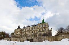 Vista di panorama del castello di Pidhirtsi della sorgente (Ucraina) Fotografia Stock