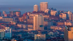 Vista di panorama del centro di Vladivostok, video d archivio