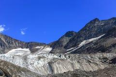 Vista di panorama del ghiacciaio della Tre-La-Tete in alpi francesi Fotografie Stock Libere da Diritti
