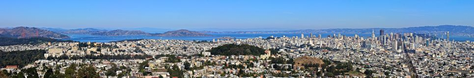 Vista di panorama di San Francisco dai picchi gemellare Fotografie Stock Libere da Diritti