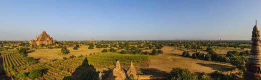 Vista di panorama di vecchio Bagan Immagine Stock