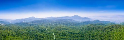 vista di panorama su Doi Inthanon il più alta montagna in Chiang Mai Fotografia Stock