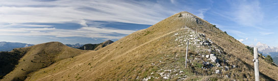 Vista di Panoramatic di Hautes-Alpes Francia fotografie stock libere da diritti