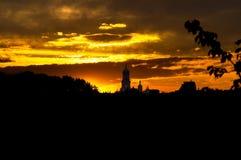 Vista di Pechersk Lavra al tramonto Fotografie Stock Libere da Diritti
