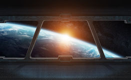Vista di pianeta Terra dall'interno di una stazione spaziale 3D che rende EL Immagini Stock