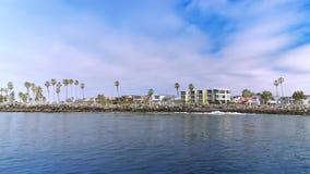 Vista di profilo del parco del punto di missione a San Diego stock footage