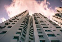 Vista di prospettiva dell'appartamento residenziale pubblico dell'alloggio in Bukit Panjang Immagine Stock