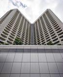 Vista di prospettiva di edificio alto a Singapore immagini stock libere da diritti