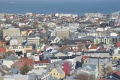 Vista di Reykjavik del centro verso l'oceano Fotografia Stock