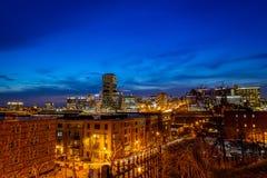 Vista di Richmond, la Virginia alla notte fotografia stock libera da diritti