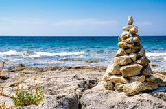 Vista di rilassamento del mare un giorno soleggiato fotografia stock