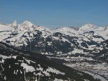 Vista di Saanen nell'inverno Fotografie Stock Libere da Diritti
