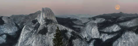 Vista di sera di Yosemite Fotografia Stock