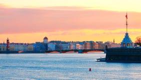 Vista di St Petersburg durante le notti bianche Fotografia Stock Libera da Diritti