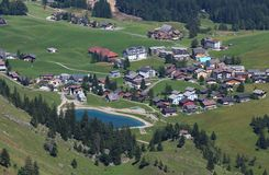 Vista di Stoos, villaggio Fotografia Stock