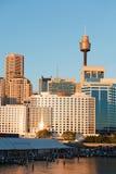 Vista di Sydney al tramonto immagini stock libere da diritti