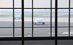 Vista di Toronto Pearson Airport Tarmac fotografie stock libere da diritti