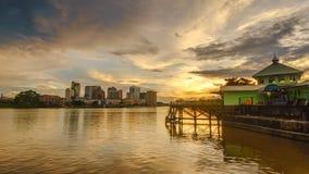 Vista di tramonto del fiume di Sarawak Fotografie Stock