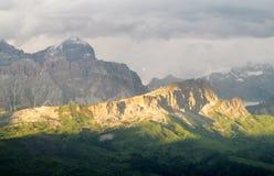 Vista di tramonto delle alpi della dolomia bella Immagini Stock Libere da Diritti