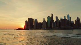 Vista di tramonto di New York Manhattan archivi video