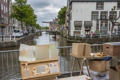 Vista di un canale di Alkmaar L'Olanda olandese Immagini Stock Libere da Diritti