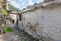 Vista di una casa rovinata in un villaggio di La Alpujarra, Granada, PS Fotografia Stock Libera da Diritti