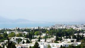 Vista di una città in Tunisia Immagini Stock