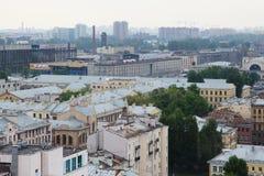 Vista di vecchia città europea da altezza del volo dell'uccello San Pietroburgo, Russia, Europa settentrionale Immagini Stock Libere da Diritti