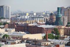 Vista di vecchia città europea da altezza del volo dell'uccello San Pietroburgo, Russia, Europa settentrionale Fotografia Stock