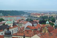 Vista di vecchia città Praga, repubblica Ceca fotografie stock libere da diritti
