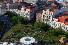 Vista di vecchia Oporto del centro dalla torre di Clerigos Fotografie Stock