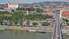 Vista di vecchio castello a Bratislava, Slovacchia, video d archivio