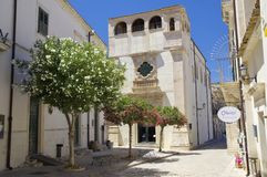 Vista di vecchio centro della città di Scicli, un sito del patrimonio mondiale dell'Unesco immagine stock libera da diritti
