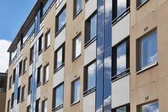 vista di verticale degli appartamenti del blocco Fotografie Stock